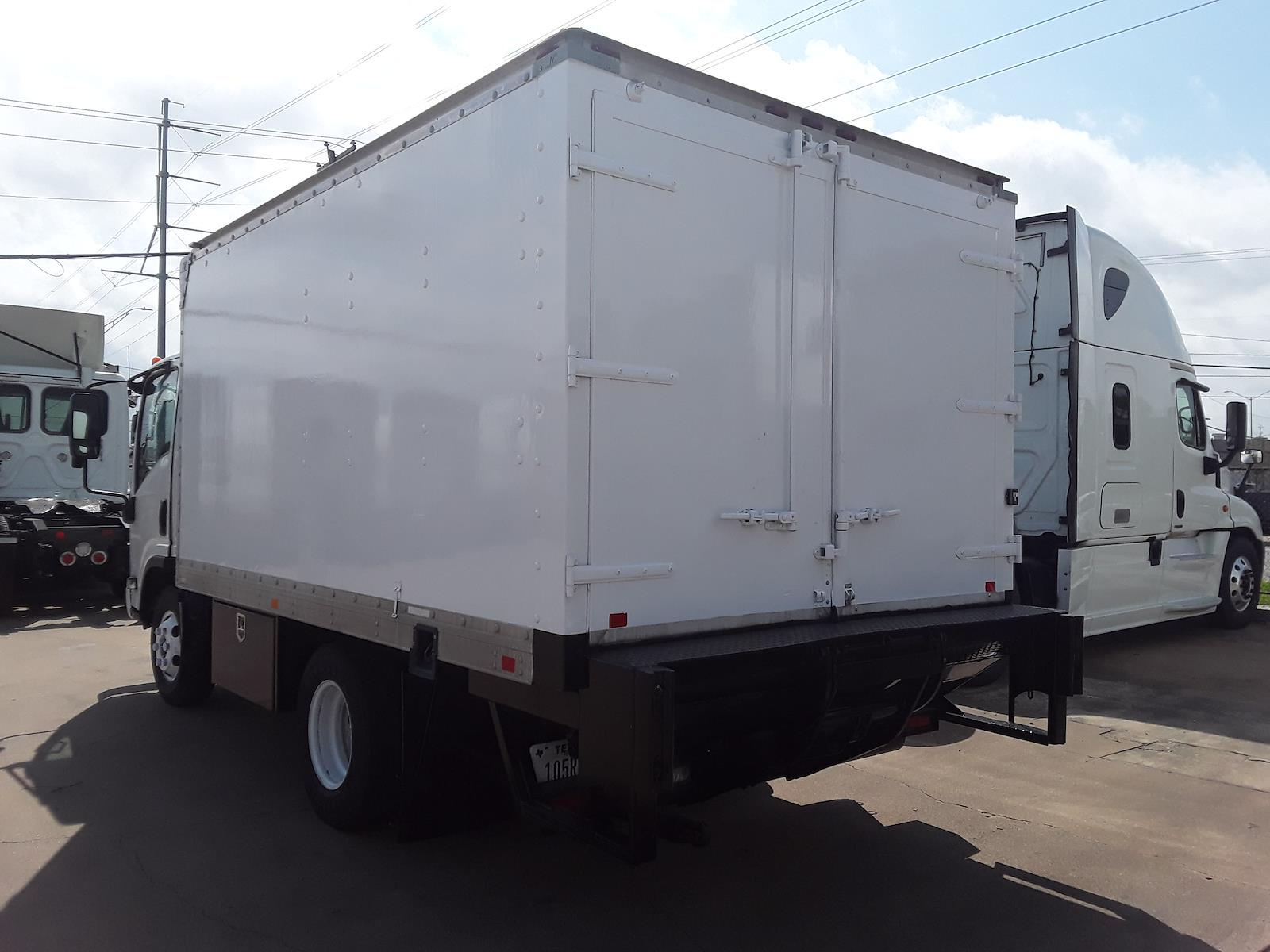 2014 Isuzu NPR Regular Cab 4x2, Dry Freight #551337 - photo 1