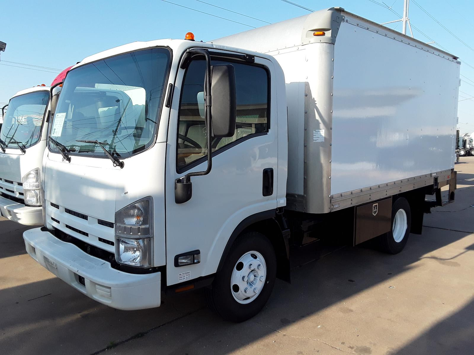 2014 Isuzu NPR Regular Cab 4x2, Supreme Dry Freight #551346 - photo 1