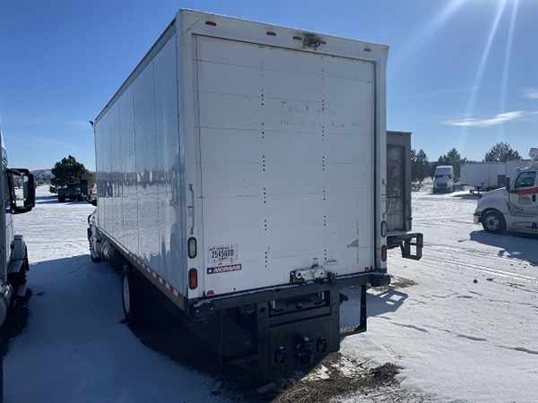 2011 Freightliner Cascadia 4x2, Dry Freight #427921 - photo 1
