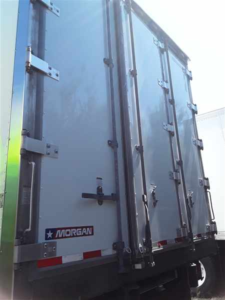 2015 Freightliner M2 106 4x2, Refrigerated Body #569017 - photo 1
