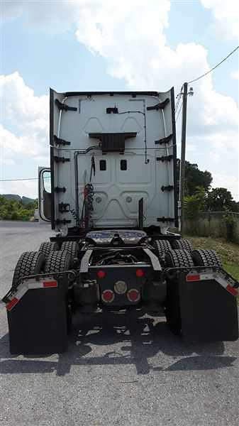 2015 Freightliner Truck 6x4, Tractor #560764 - photo 1