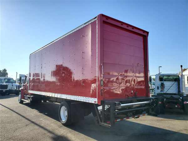 2013 Freightliner M2 106 4x2, Dry Freight #501207 - photo 1