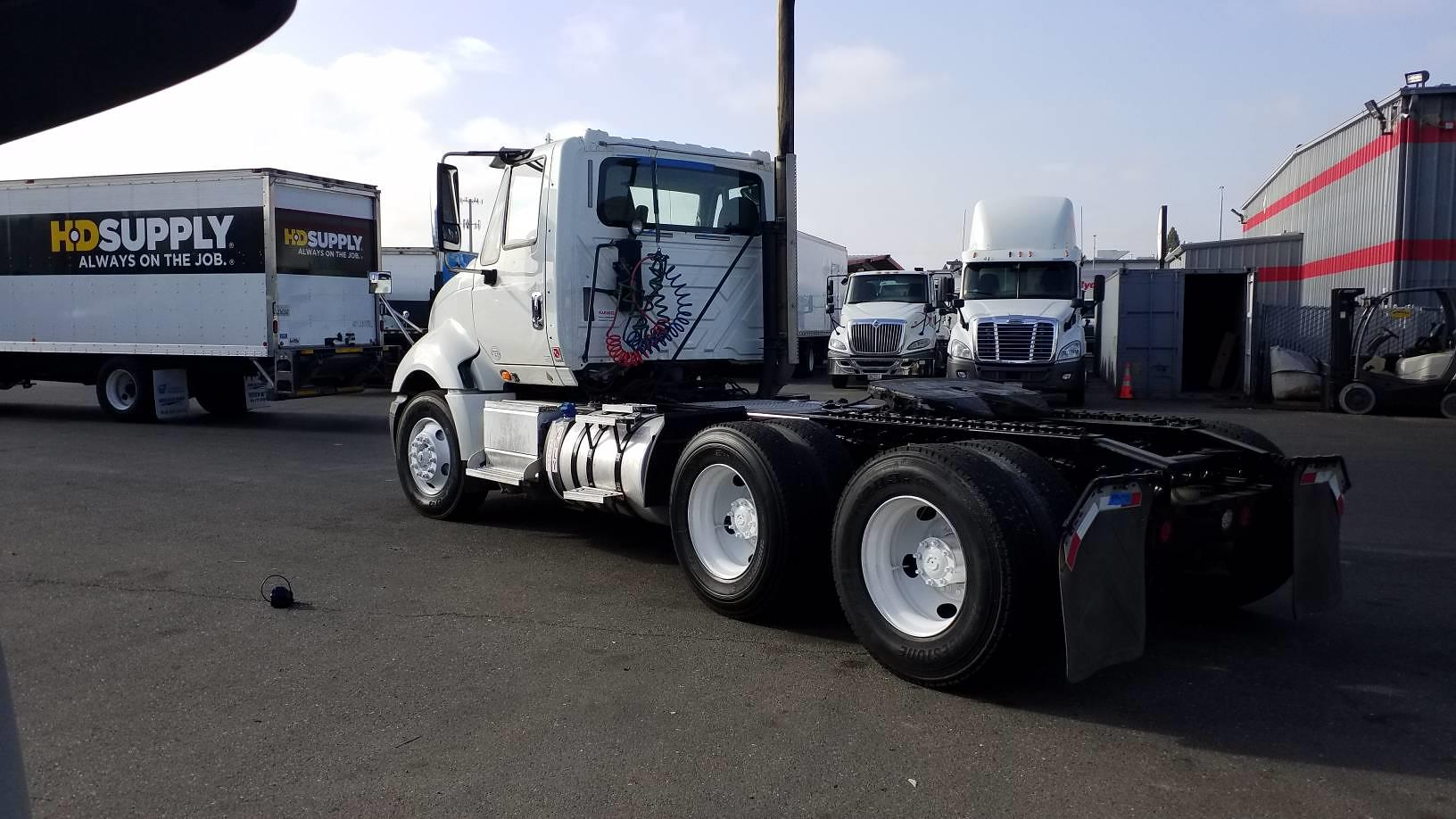 2015 International ProStar+ 6x4, Tractor #594770 - photo 1
