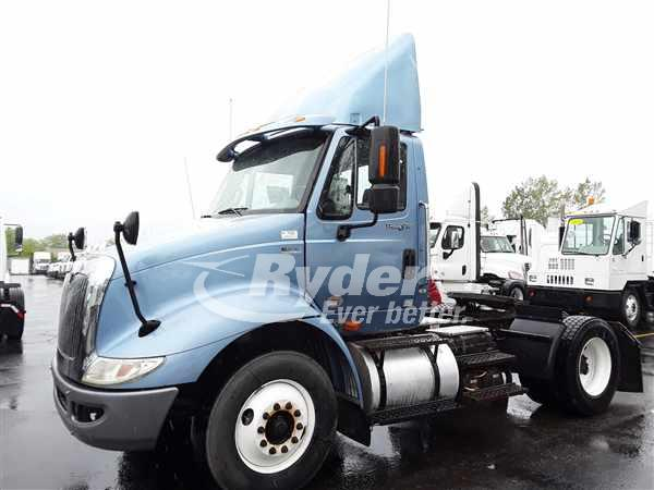 2013 International TranStar 8600 4x2, Tractor #493486 - photo 1