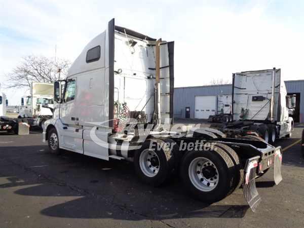 2014 Volvo VNL 6x4, Tractor #532301 - photo 1