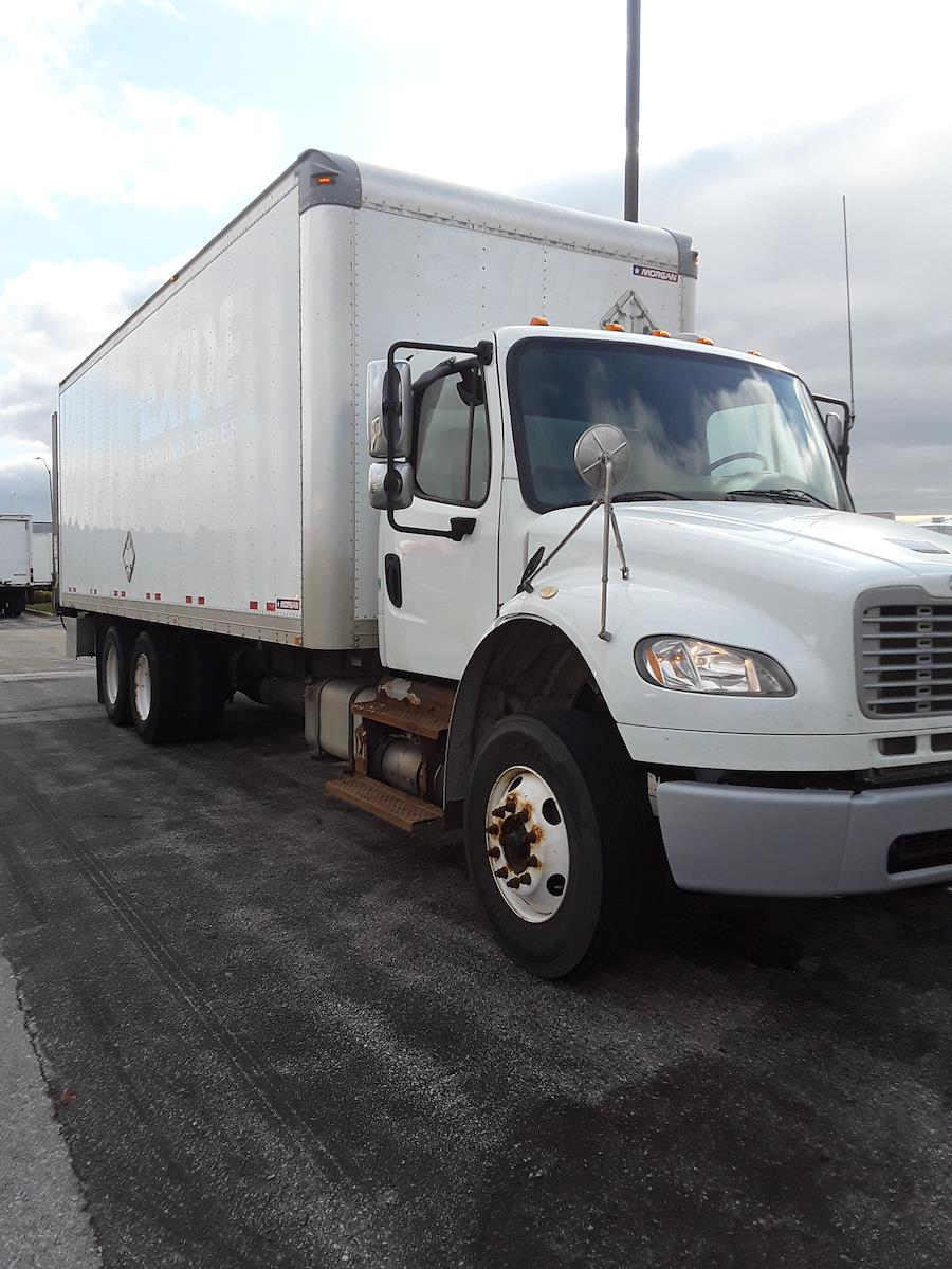 2013 Freightliner Truck 6x4, Dry Freight #512000 - photo 1