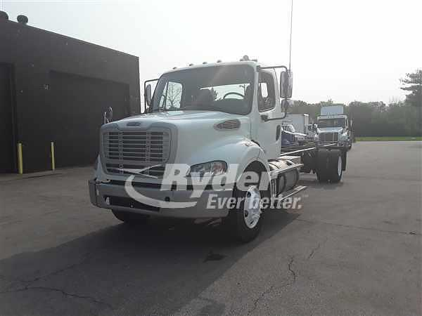 2014 Freightliner M2 112 4x2, Cab Chassis #527739 - photo 1