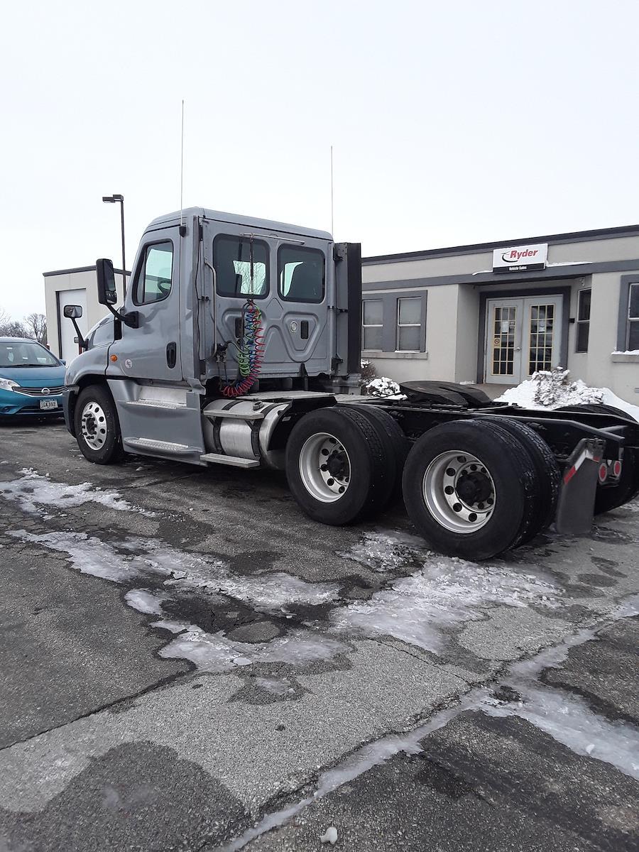 2014 Freightliner Truck 6x4, Tractor #536820 - photo 1