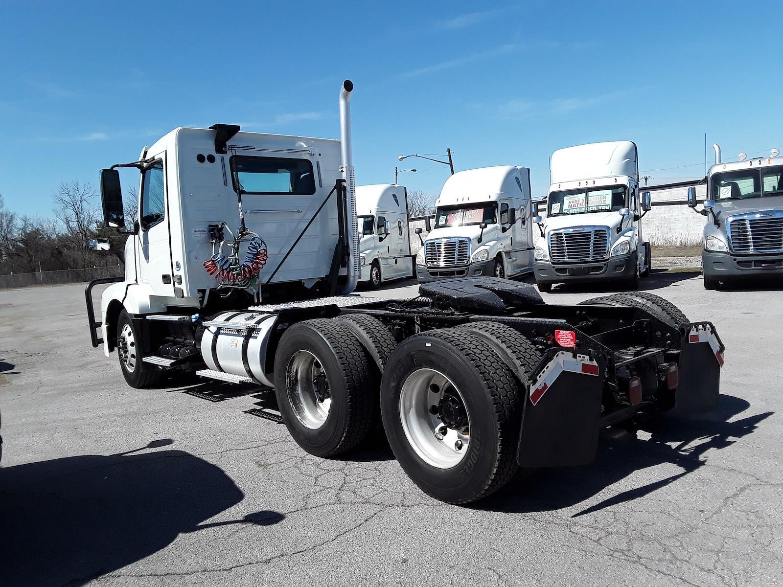 2016 Volvo VNL 6x4, Tractor #377628 - photo 1