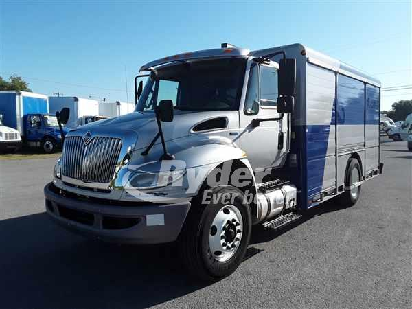 2013 International Truck 4x2, Hackney Refrigerated Body #495964 - photo 1