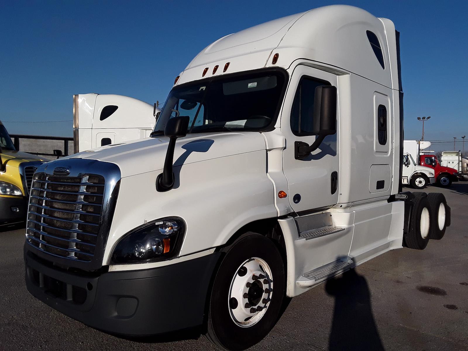 2016 Freightliner Truck 6x4, Tractor #650819 - photo 1
