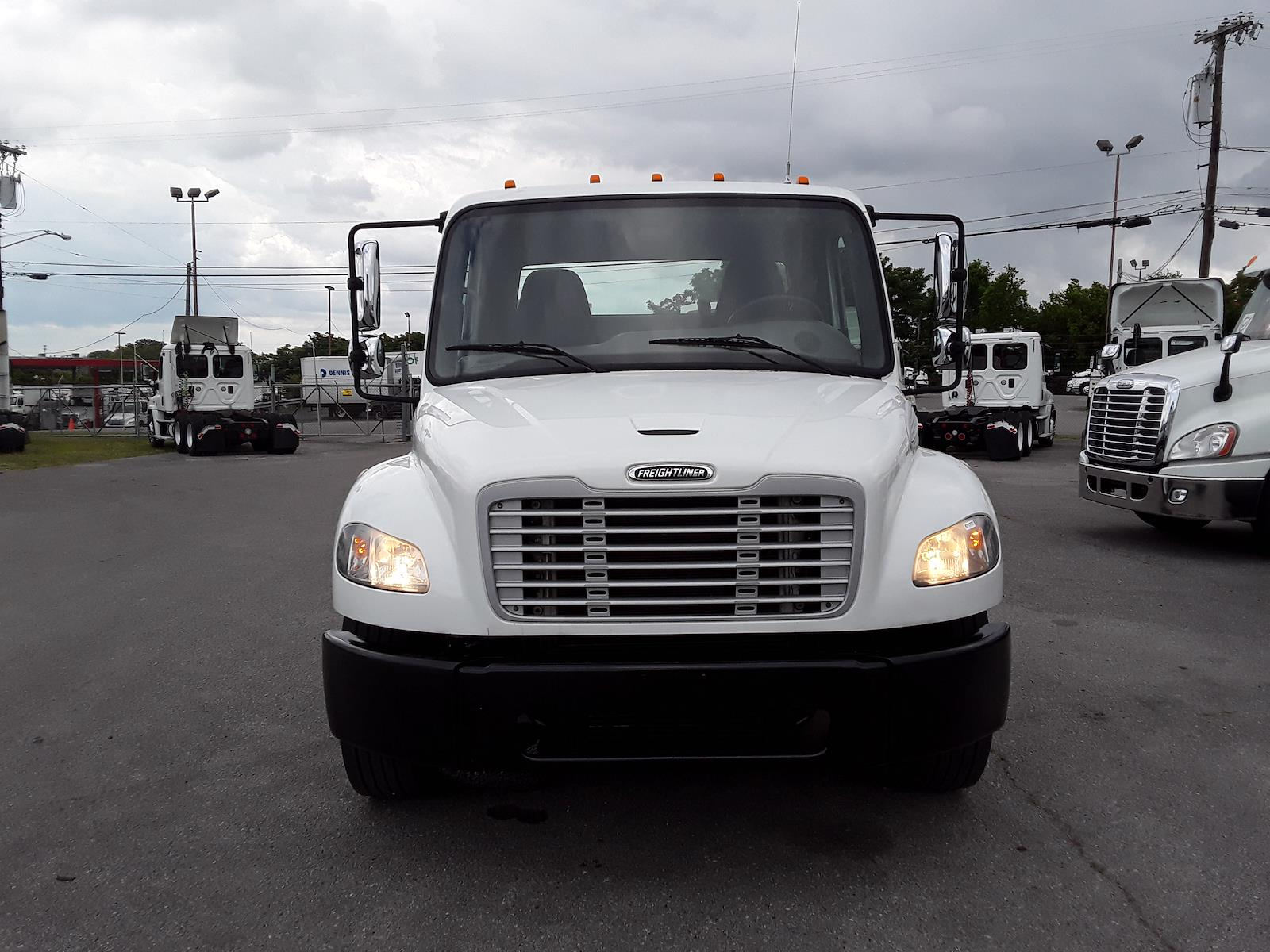 2017 Freightliner M2 106 4x2, Cab Chassis #671777 - photo 1