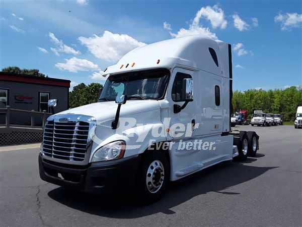 2014 Freightliner Truck 6x4, Tractor #558254 - photo 1