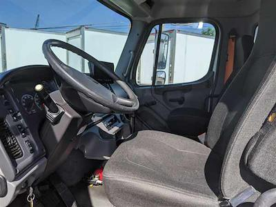 2013 Freightliner Truck 6x4, Dry Freight #512099 - photo 7