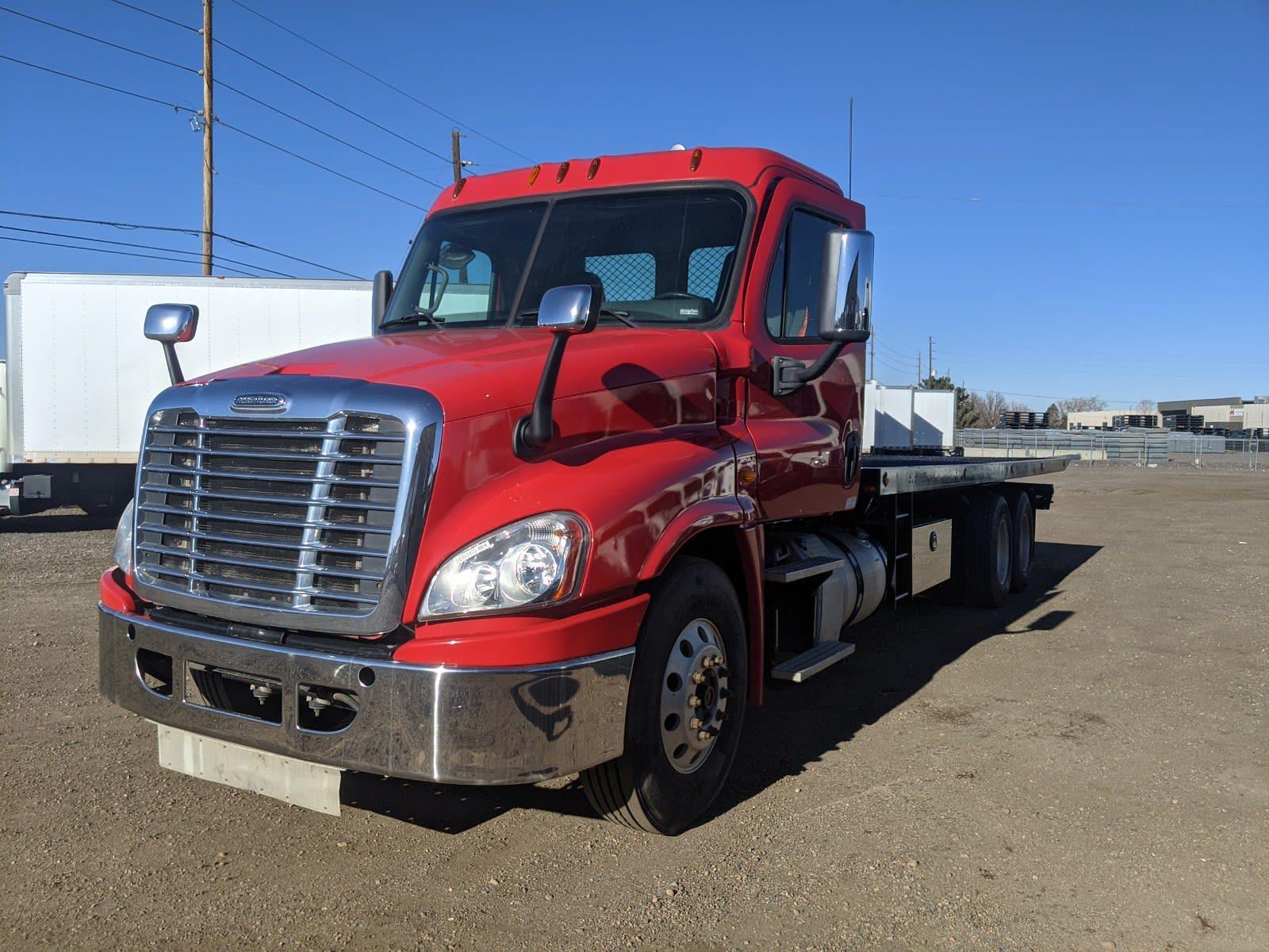 2015 Freightliner Cascadia 6x4, Rollback Body #568164 - photo 1