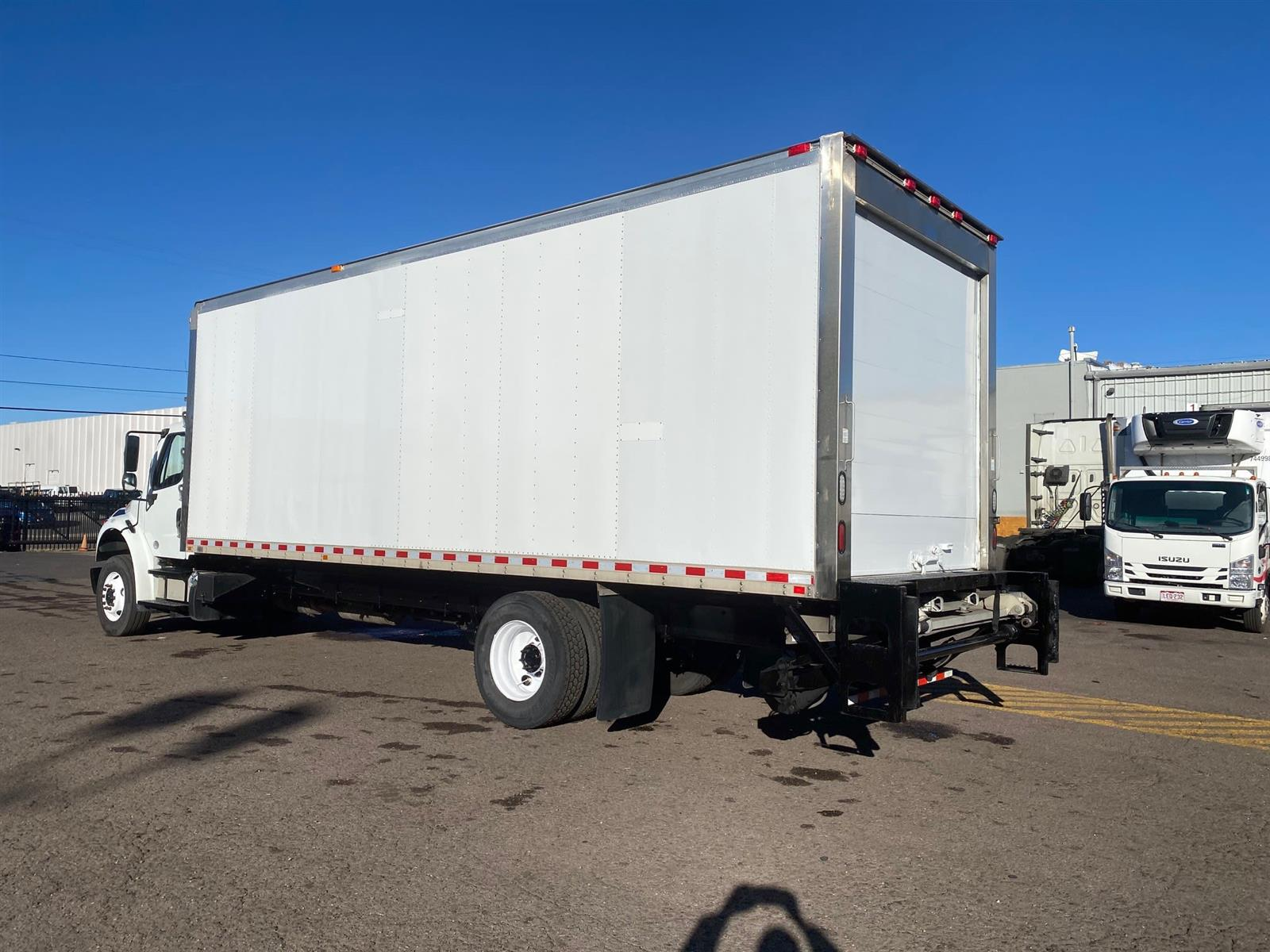 2016 Freightliner M2 106 4x2, Refrigerated Body #656602 - photo 1