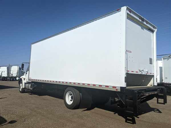 2017 International DuraStar 4300 4x2, Dry Freight #677541 - photo 1