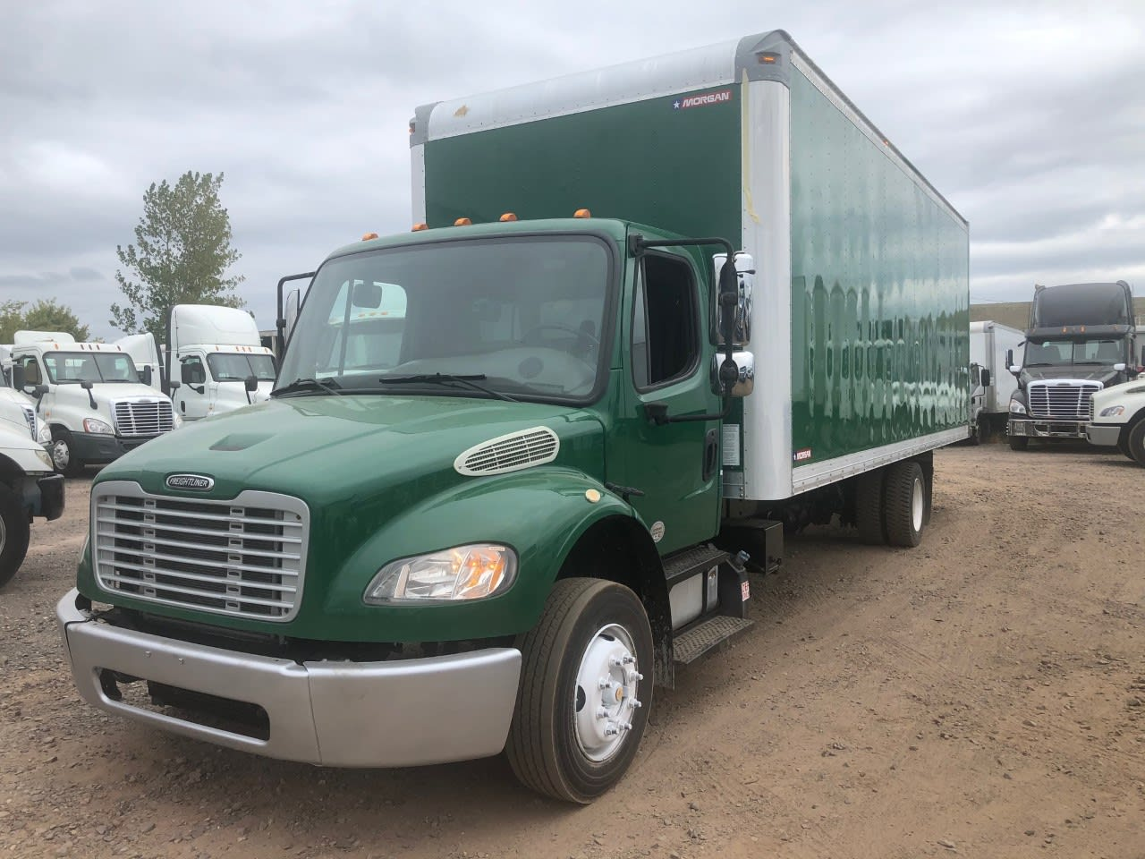 2014 Freightliner Truck 4x2, Dry Freight #538195 - photo 1
