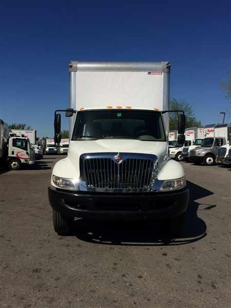 2014 International DuraStar 4300 4x2, Dry Freight #542273 - photo 1