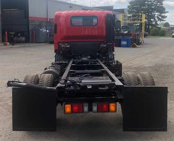 2014 Isuzu NQR 4x2, Cab Chassis #567946 - photo 1
