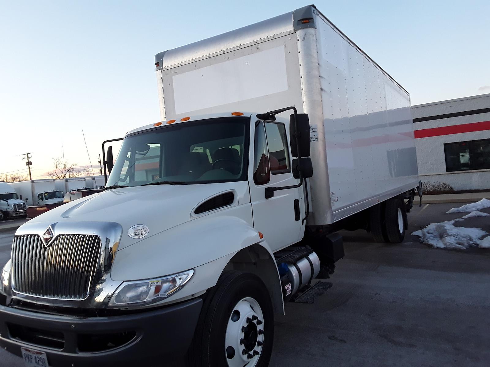 2016 International DuraStar 4300 4x2, Dry Freight #394546 - photo 1