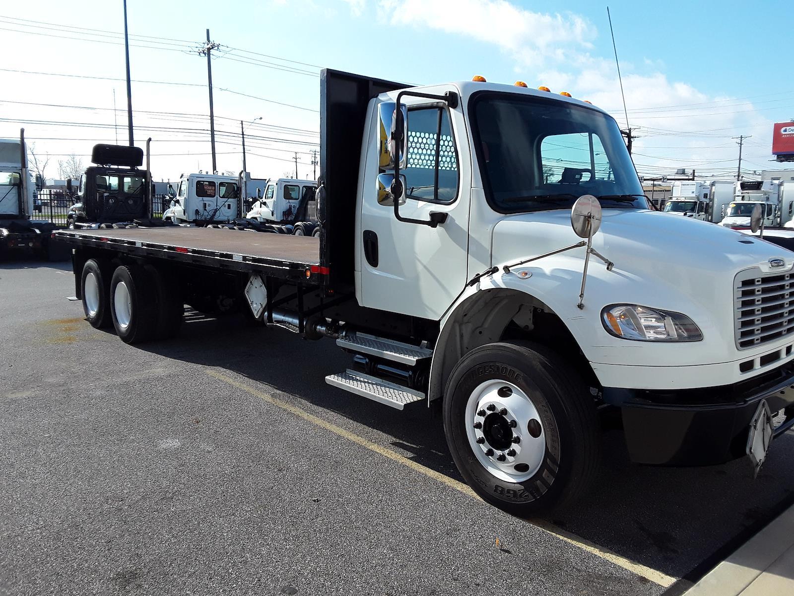 2013 Freightliner Truck 6x4, Platform Body #493668 - photo 1