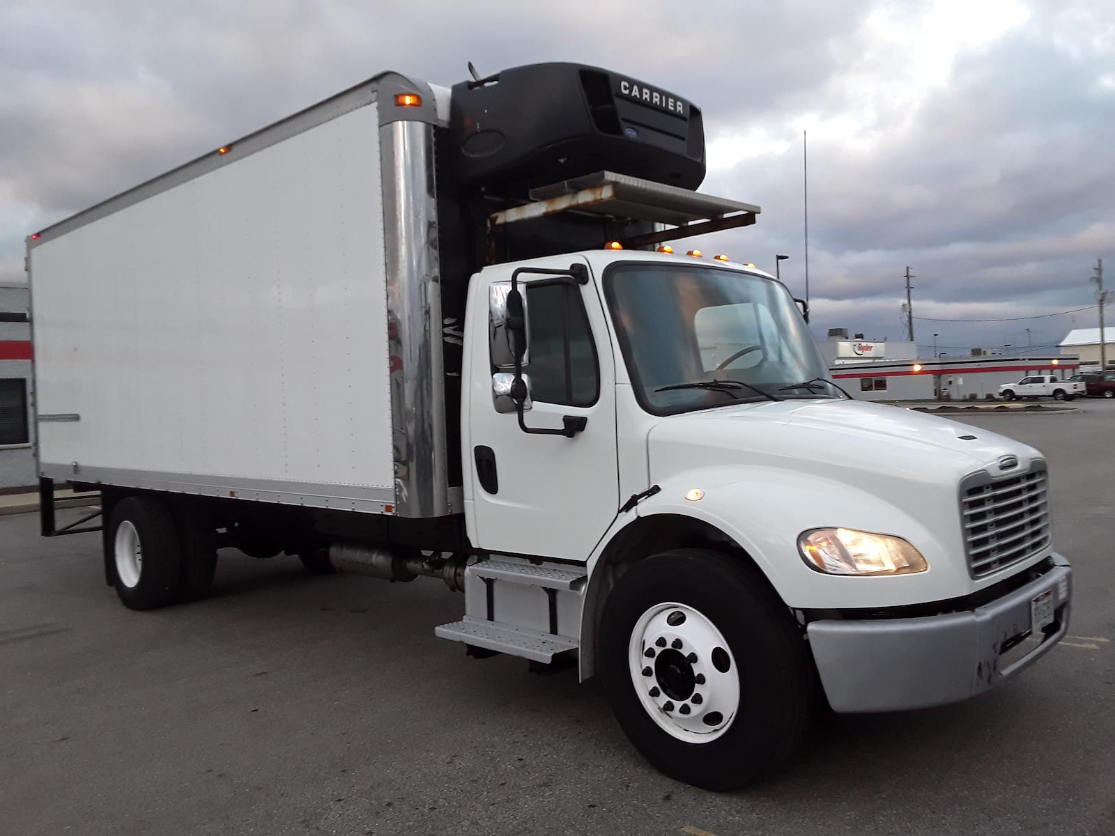 2014 Freightliner Truck 4x2, Refrigerated Body #539241 - photo 1