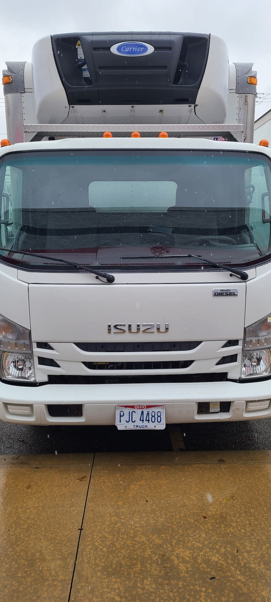 2016 Isuzu NRR Regular Cab 4x2, Refrigerated Body #656760 - photo 1