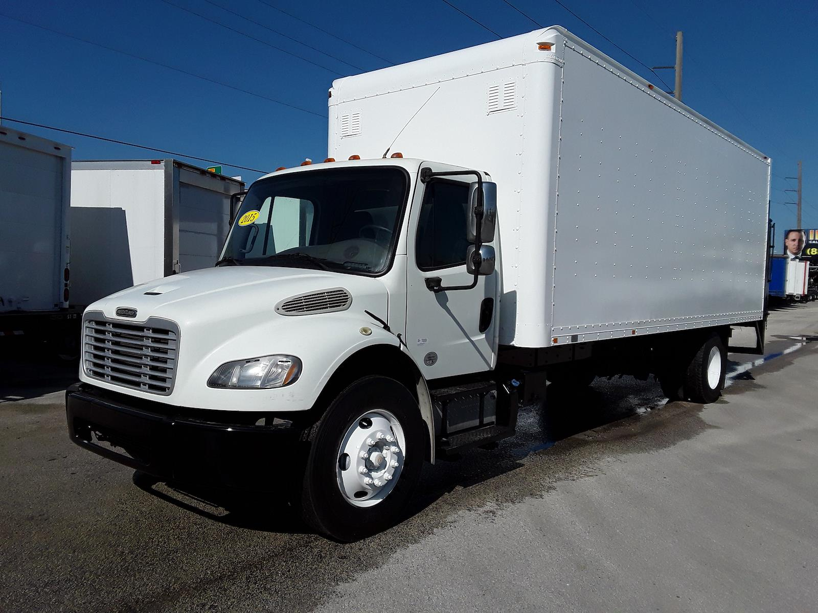2015 Freightliner M2 106 4x2, Dry Freight #328461 - photo 1