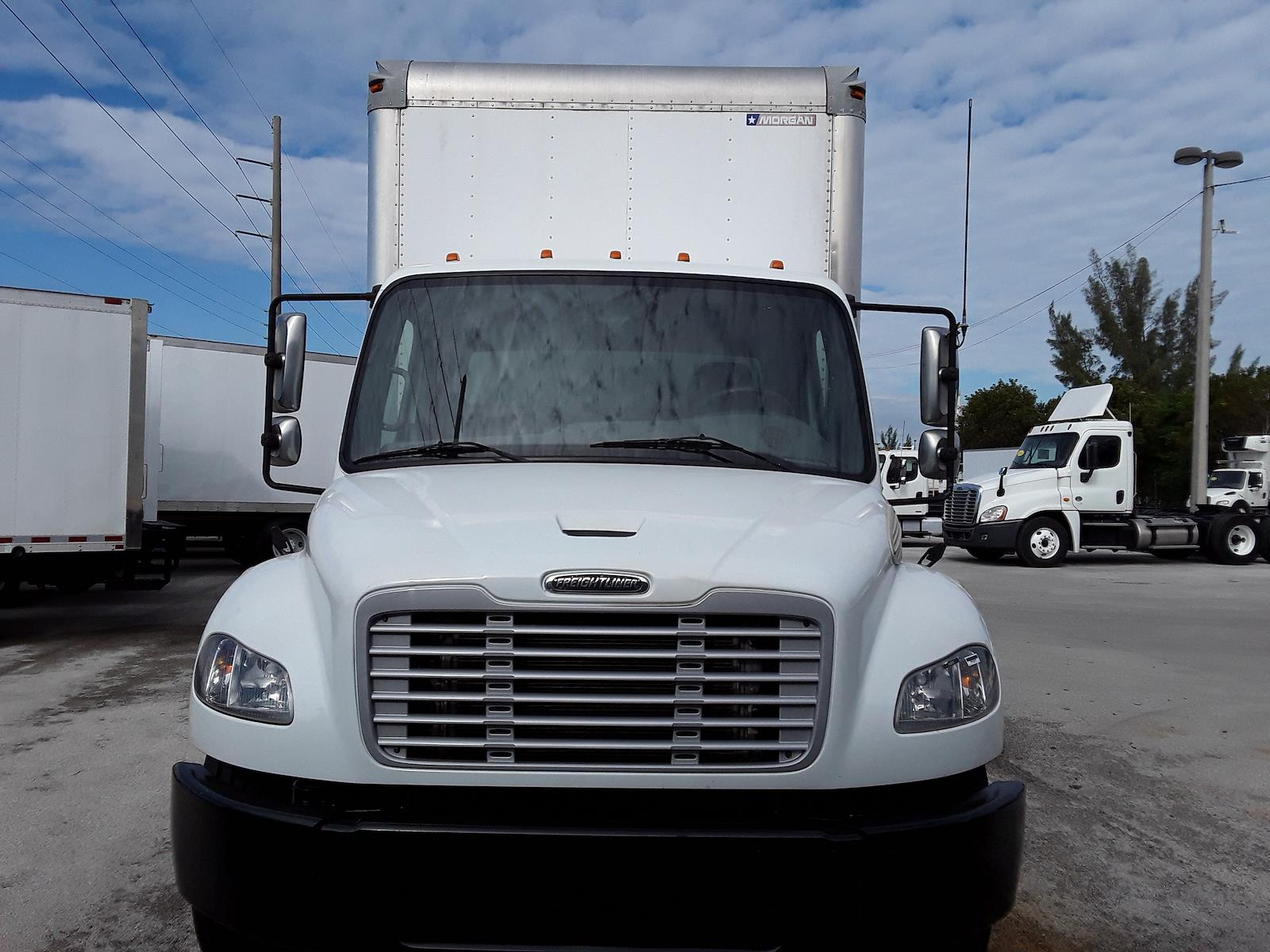 2014 Freightliner M2 106 4x2, Dry Freight #518722 - photo 1