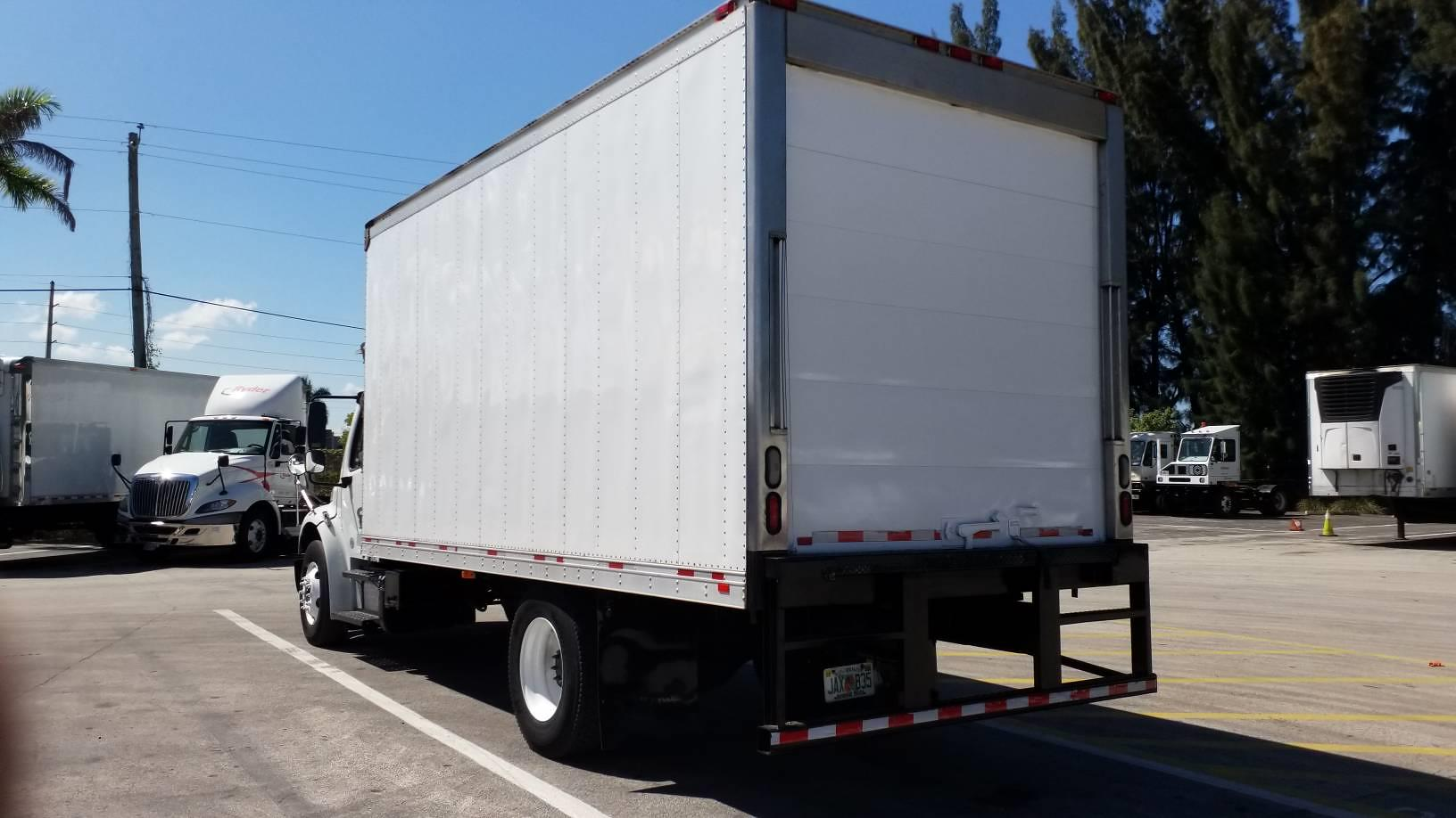 2015 Freightliner M2 106 4x2, Refrigerated Body #638512 - photo 1