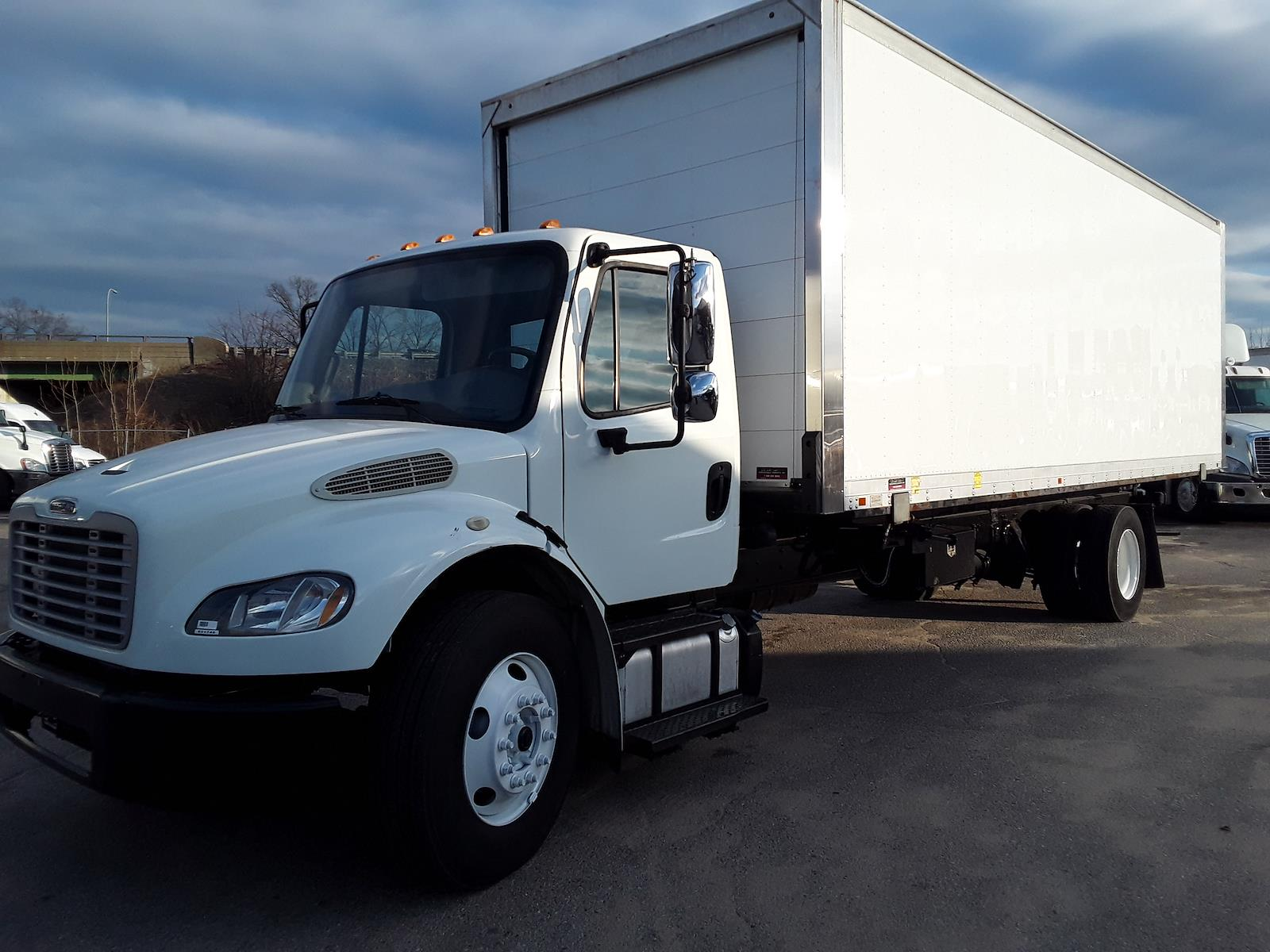 2014 Freightliner Truck 4x2, Dry Freight #531746 - photo 1