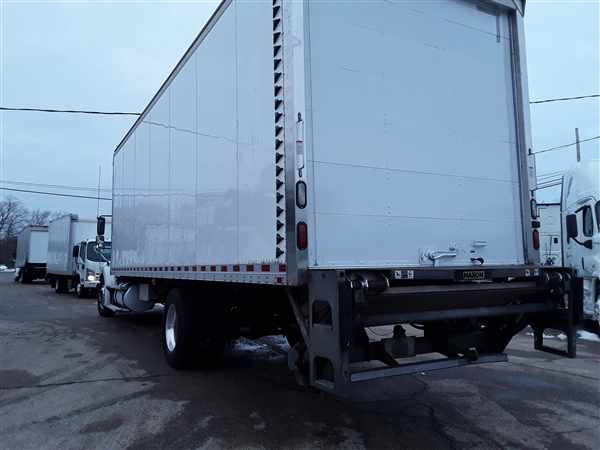2014 Freightliner M2 112 4x2, Dry Freight #542971 - photo 1