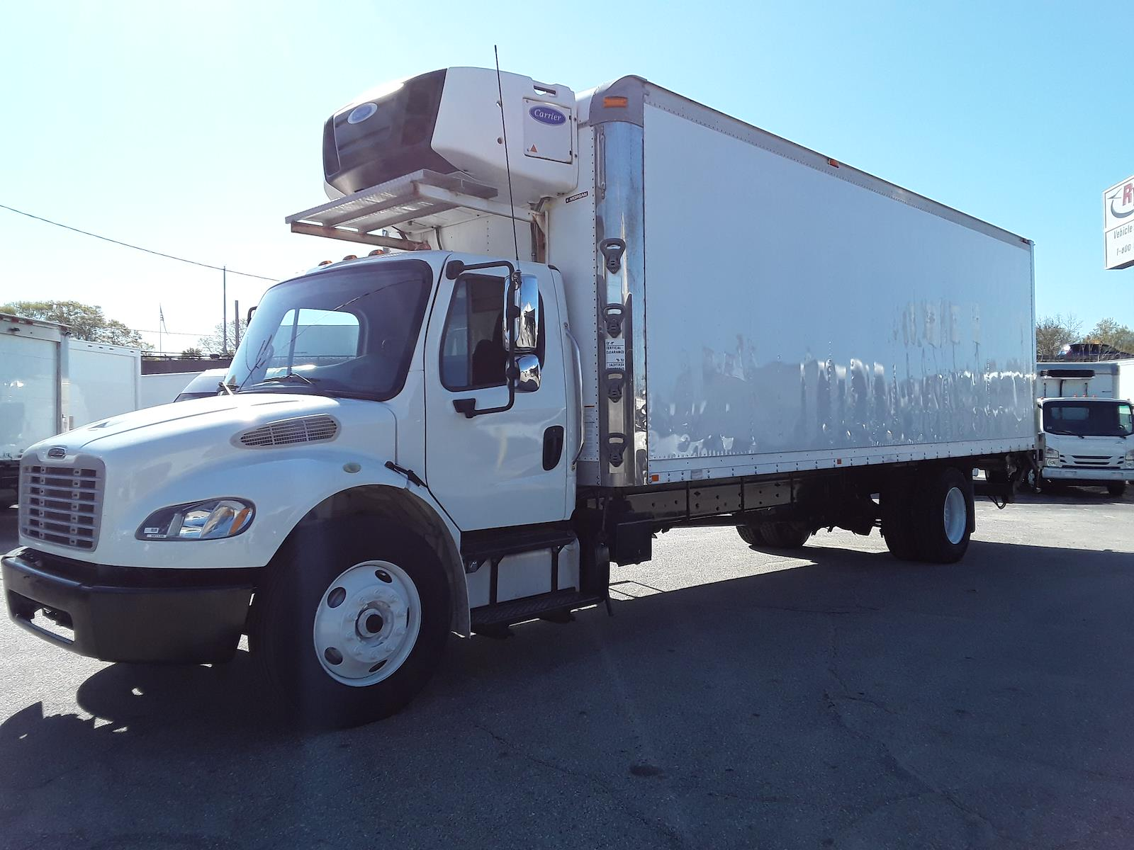 2015 Freightliner M2 106 4x2, Refrigerated Body #587106 - photo 1