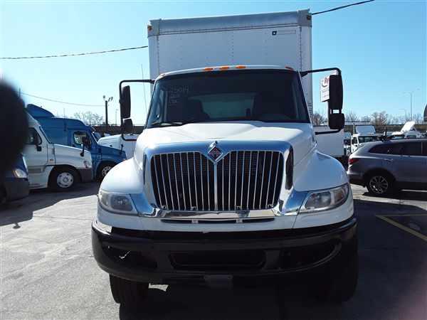 2011 International DuraStar 4400 6x4, Dry Freight #625014 - photo 1
