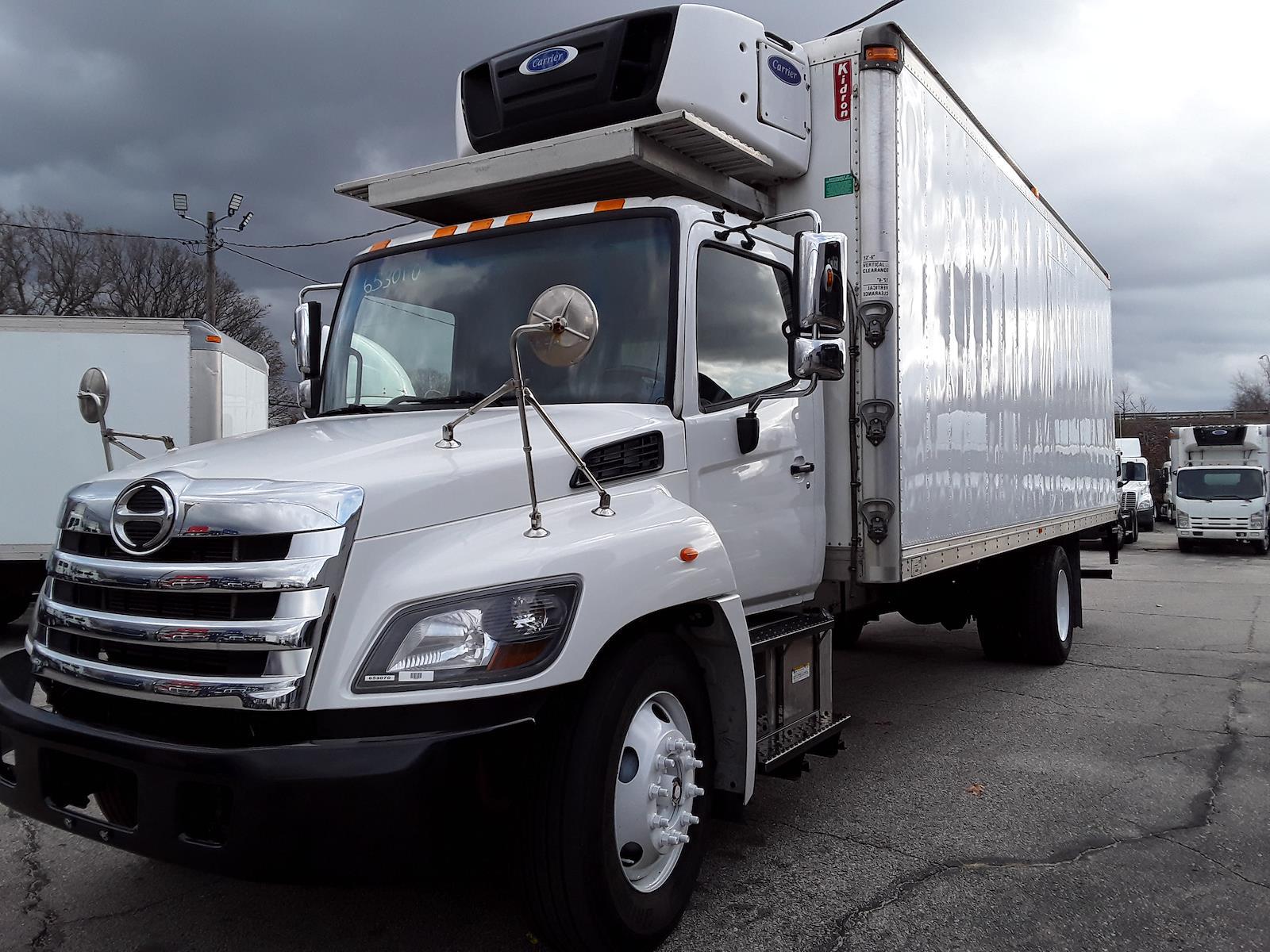 2016 Hino Truck, Refrigerated Body #653070 - photo 1