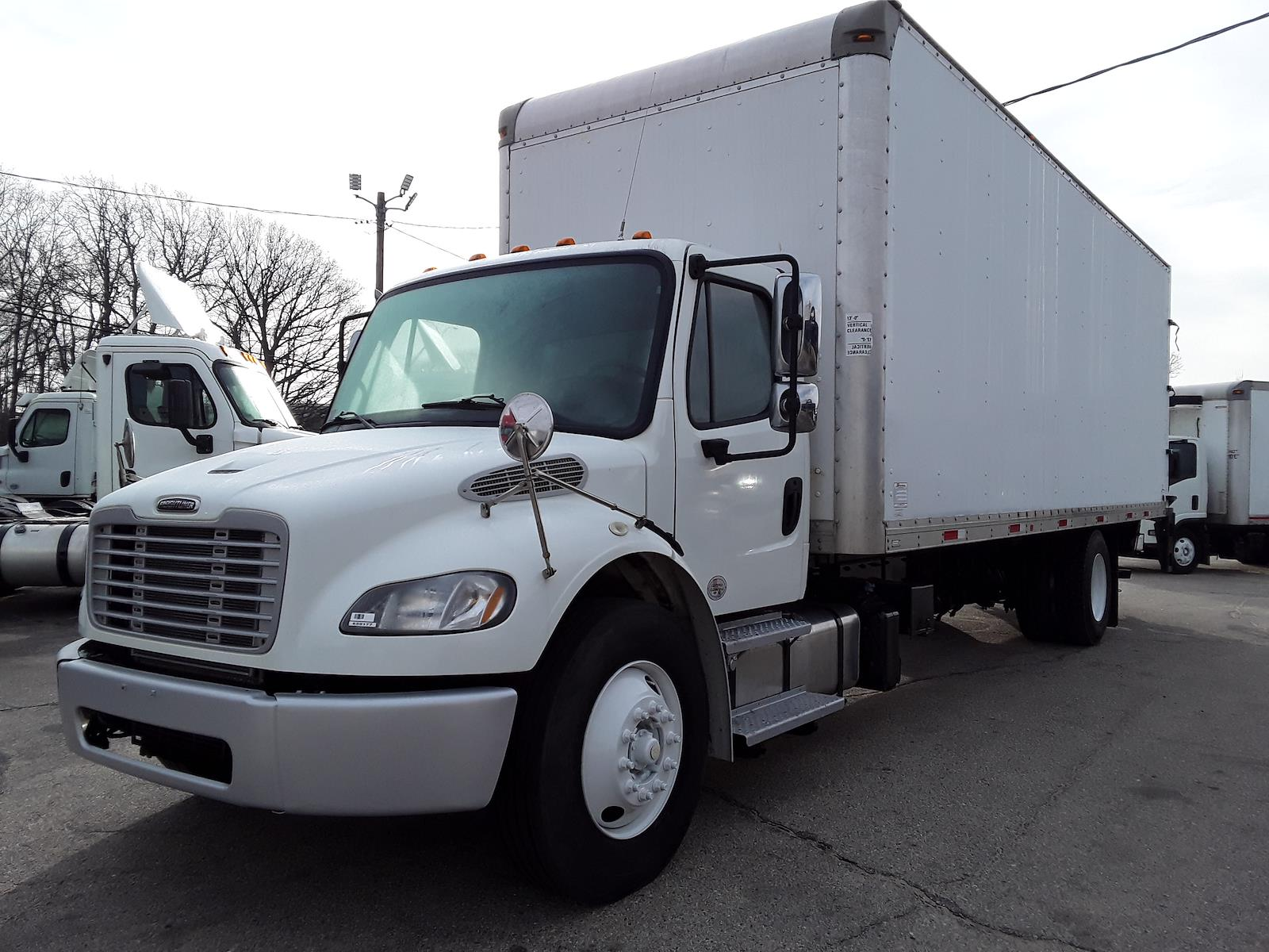 2016 Freightliner M2 106 4x2, Dry Freight #659177 - photo 1