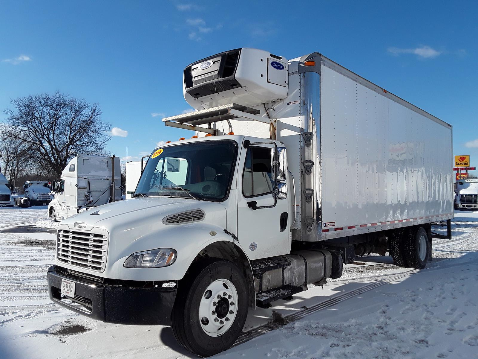2017 Freightliner Truck 4x2, Refrigerated Body #661697 - photo 1