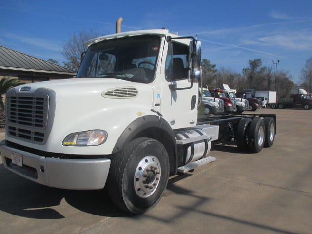 2012 Freightliner Truck 6x4, Cab Chassis #424070 - photo 1