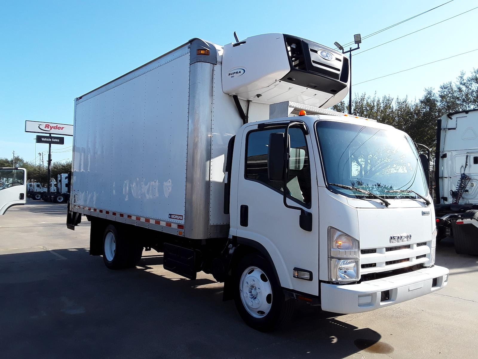 2015 Isuzu NPR-XD Regular Cab 4x2, Refrigerated Body #643756 - photo 1