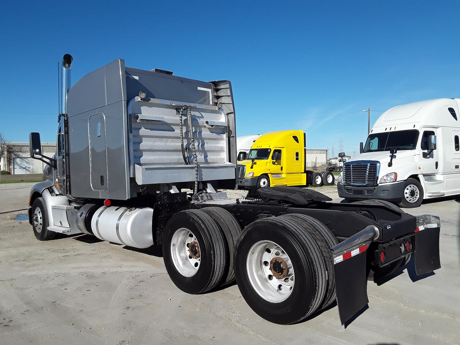 2016 Peterbilt Truck 6x4, Tractor #657521 - photo 1