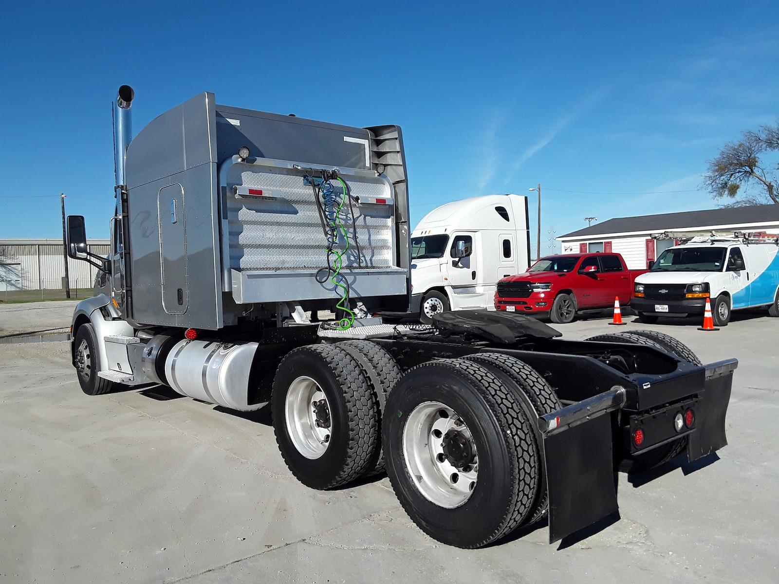 2016 Peterbilt Truck 6x4, Tractor #657522 - photo 1