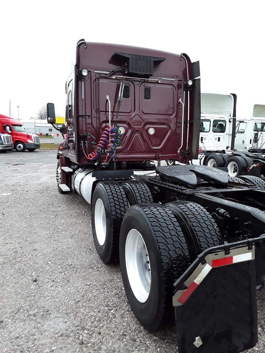 2015 Freightliner Truck 6x4, Tractor #325189 - photo 1