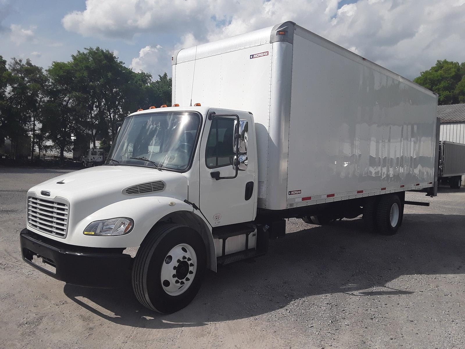 2015 Freightliner M2 106 4x2, Dry Freight #338616 - photo 1