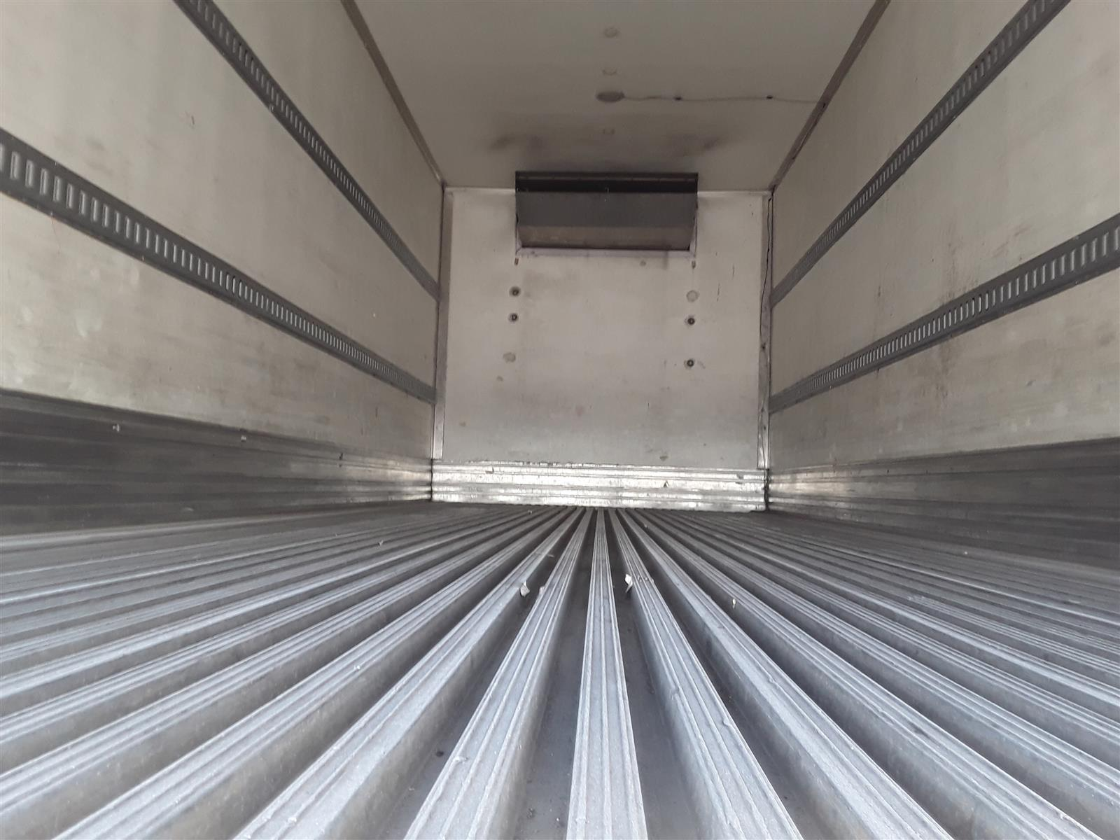 2015 Freightliner M2 106 4x2, Refrigerated Body #325223 - photo 1