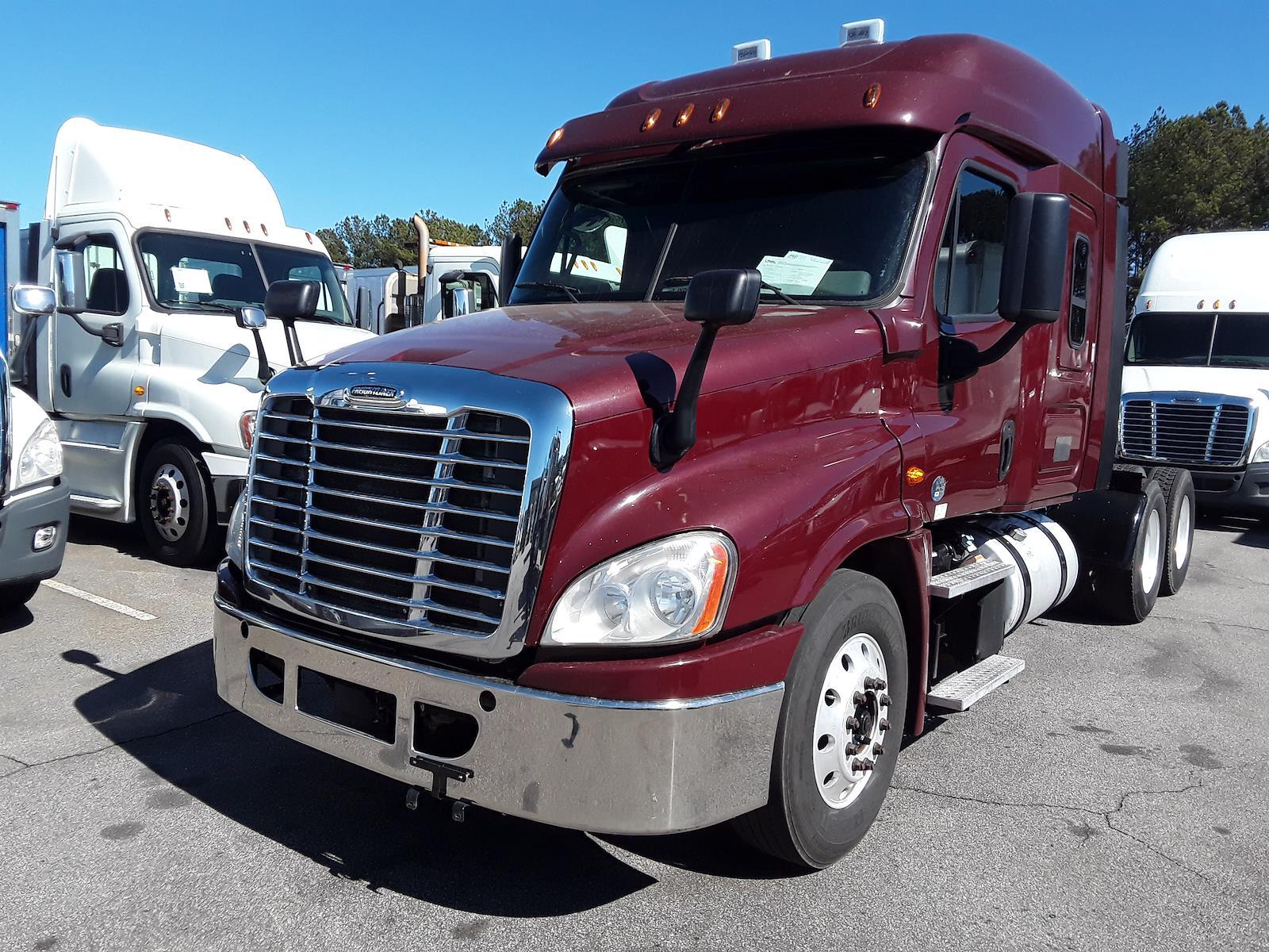 2015 Freightliner Truck 6x4, Tractor #325190 - photo 1