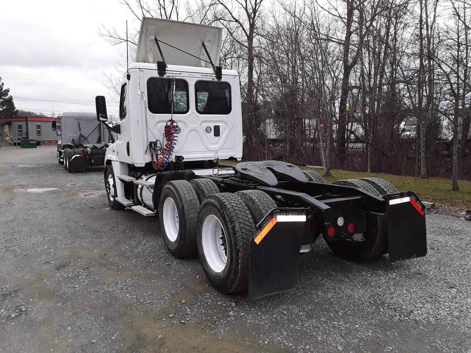2015 Freightliner Truck 6x4, Tractor #325420 - photo 1