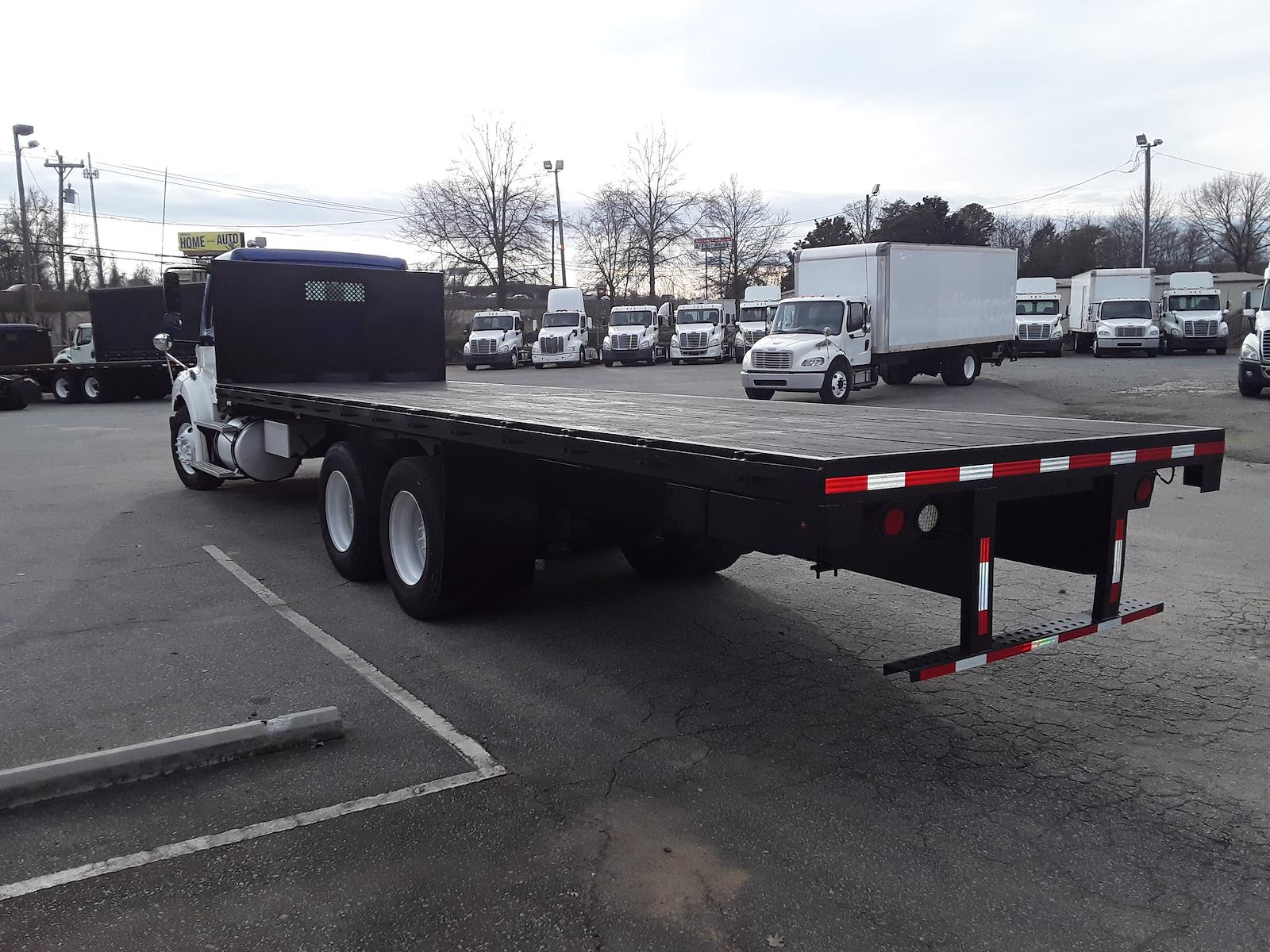 2015 Freightliner Truck 6x4, Platform Body #566463 - photo 1