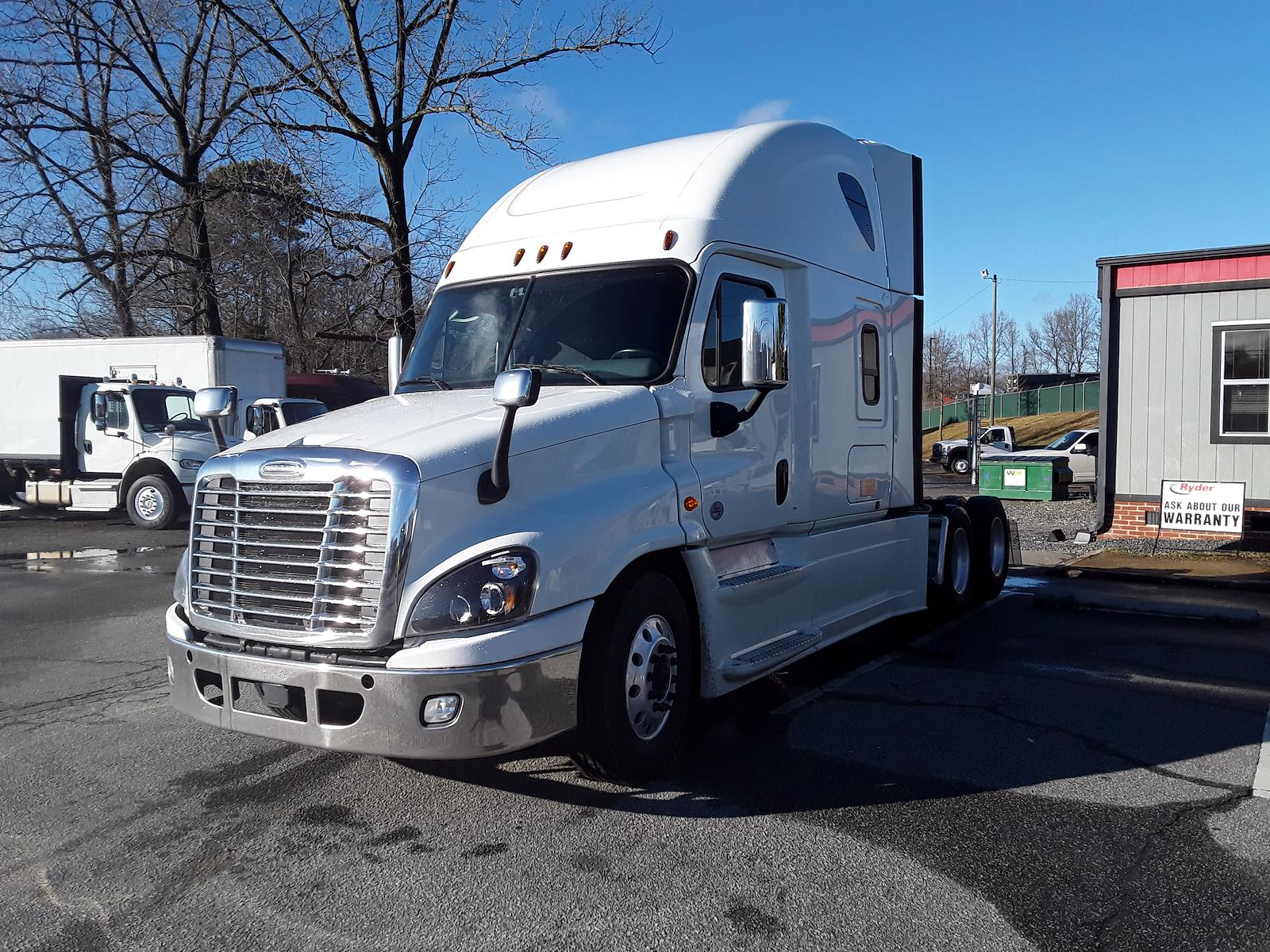 2018 Freightliner Cascadia, Tractor #754654 - photo 1