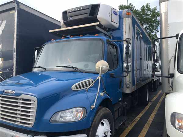 2014 Freightliner Truck 4x2, Refrigerated Body #322132 - photo 1